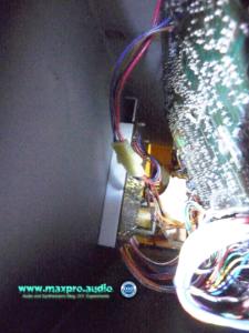 Korg MS-50 Inside 01